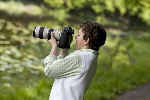 It's vital to consider the weight of your new DSLR cameras.