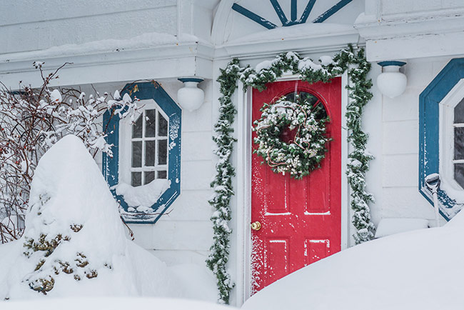 Christmas Decorating Using Amazing Personal Canvas Art