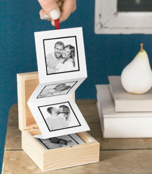 Valentine's Gifts - Pull Out Photo Album