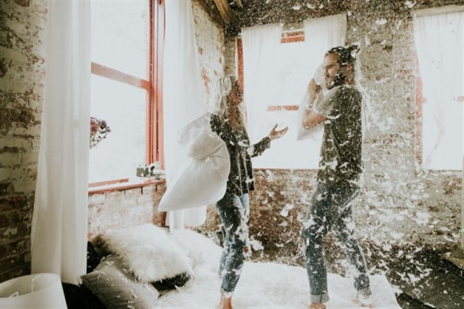 Couple Photos - Funky - Pillow Fight