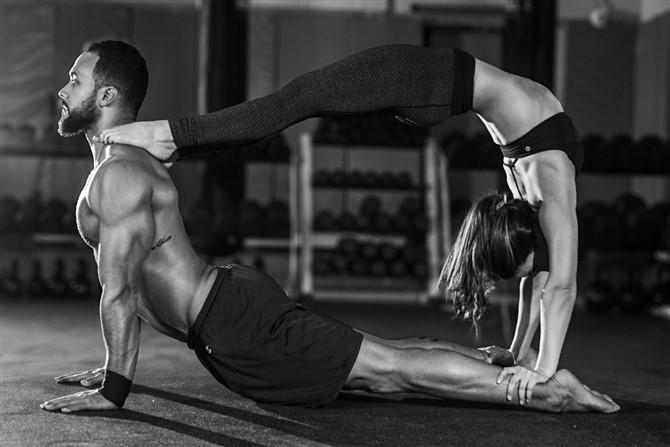 Couple Photos - Lifestyle - Yoga