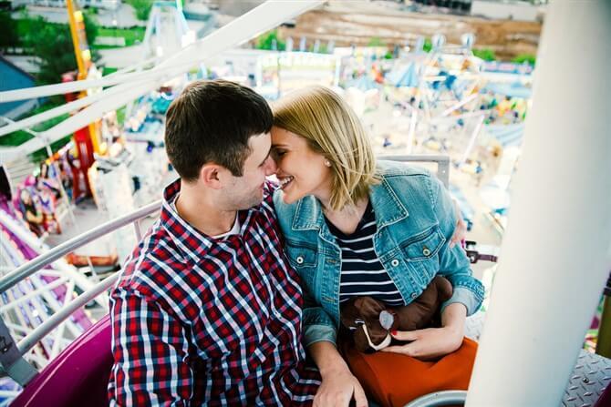 Couple Photos - Romantic - Amusement Park
