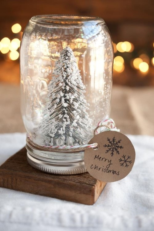 Easy Christmas Crafts - Snowy Tree
