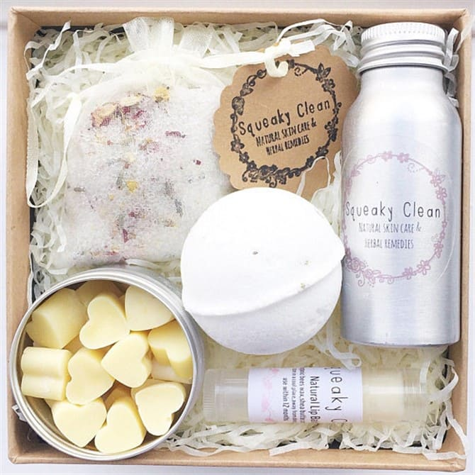 Christmas Present Ideas 2017 - Bath and Body Set