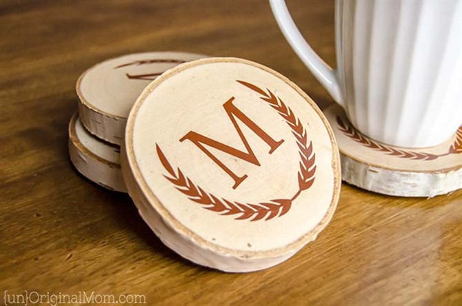 Christmas Present Ideas 2017 - Wood Slice Coasters