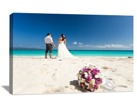 Photo to canvas gifts wedding photo